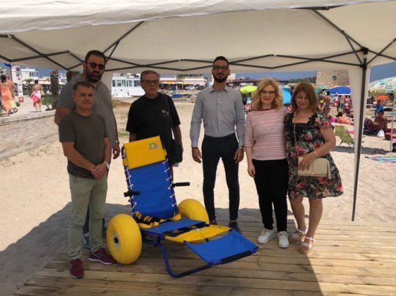 Giovanni Zizza: finalmente a Carovigno due pedane per l'accesso al mare per i ragazzi disabili su spiaggia pubblica.